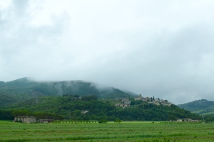 The weather is threatening to have the low clouds eat the hill towns as we drive to the north.