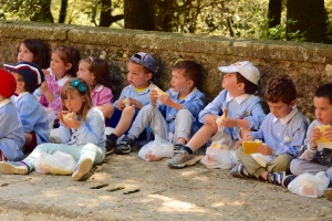 1,000 photos; this may be the best.  Kids and sandwiches at Le Celle.  They were studying St. Francis, too.